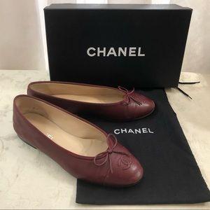 🆕 Chanel CC classic leather flats 🥿